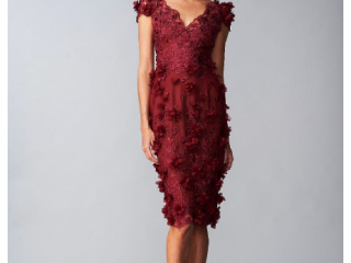 Marchesa Petal Dress Red- Mother of the Bride- Mère de la mariée